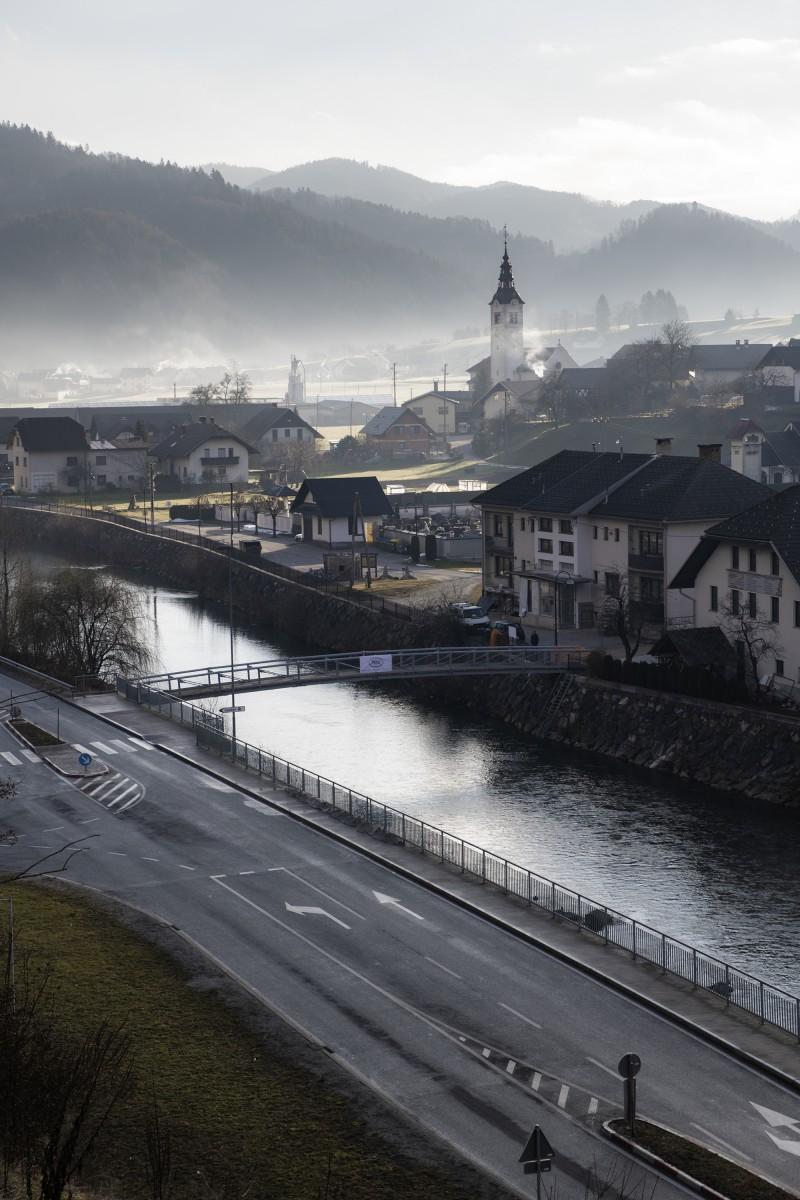 Fortunova brv za pešce čez reko Soro v Gorenji vasi