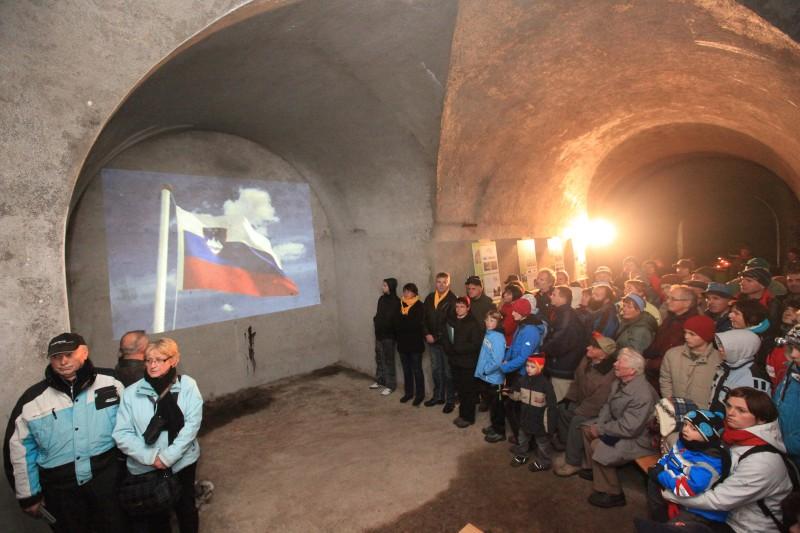 Otvoritev vhoda v utrdbo na Golem vrhu