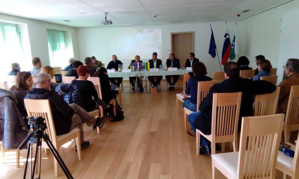 Novinarska konferenca ob obletnici lanskoletnih poplav