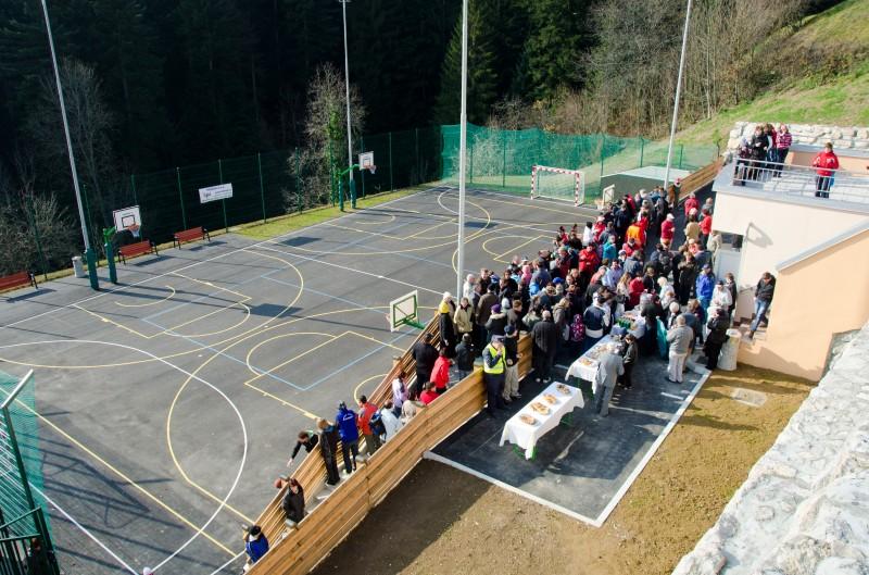 Otvoritev športnega igrišča na Sovodnju