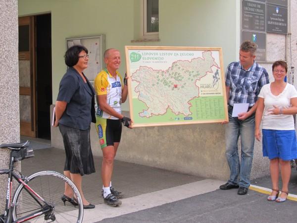 Ultramaratonec Hilarij s kolesom po vseh slovenskih občinah