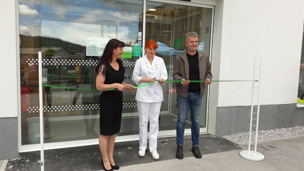 Uradno odprli prostore nove lekarne v Gorenji vasi
